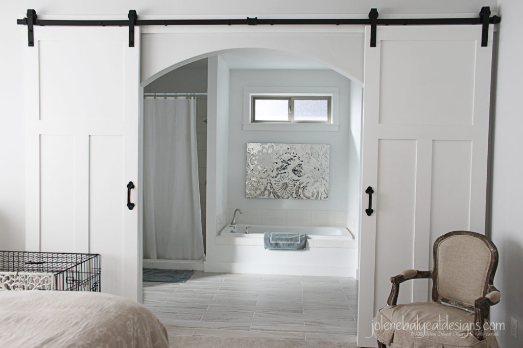 Master Bathroom Arch