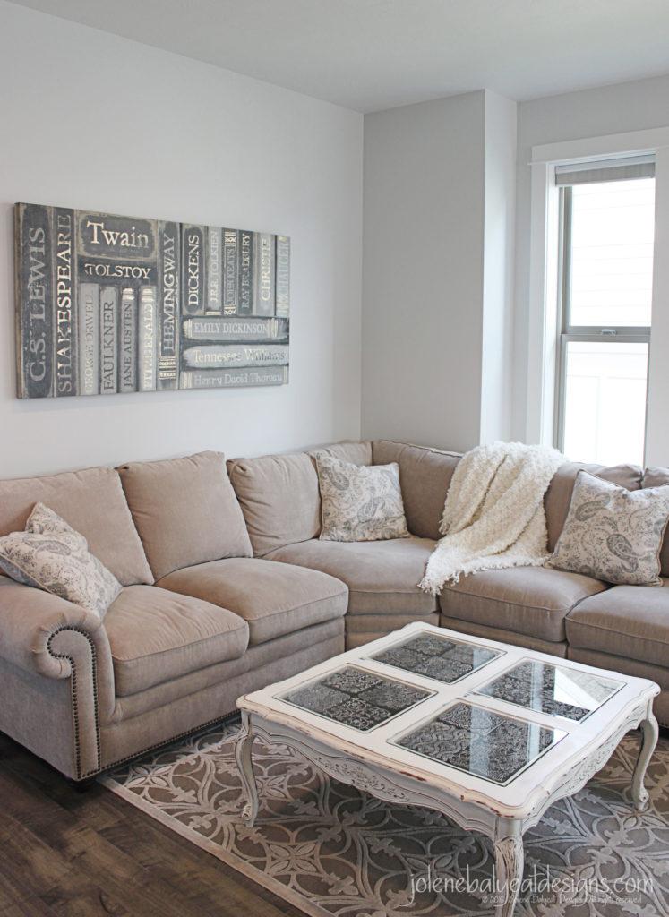Livingroom Couch Corner Vertical